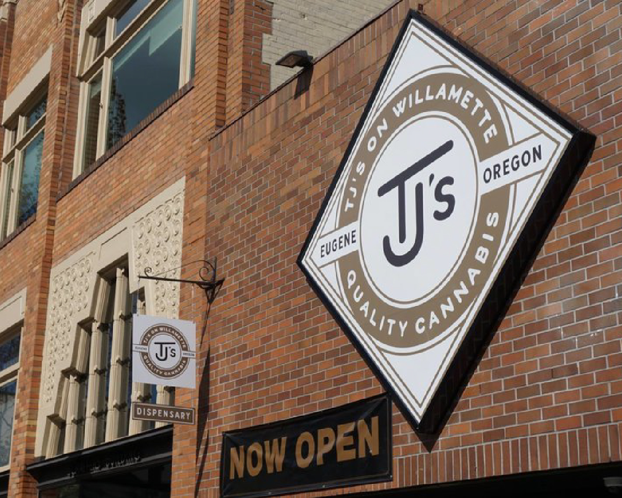 TJ's on Willamette Storefront